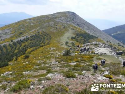 Senderismo Sierra de Guadarrama - Mujer Muerta; senderismo inolvidable; rutas de montaña por madrid